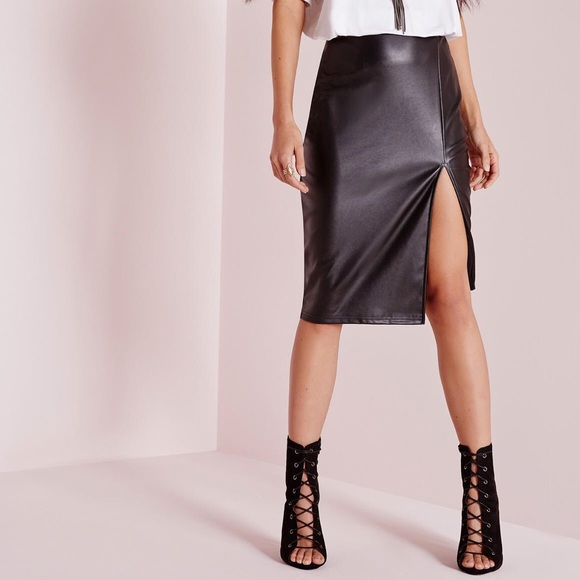67fce332b4 Missguided Faux Leather Side Split Midi Skirt. M_5a8d9884d39ca23d2ee88a06